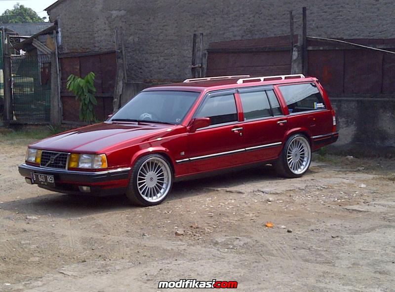 Volvo Estate 960