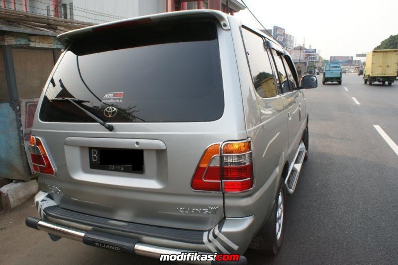Thread: Dijual Mobil Toyota Kijang Kapsul LGX Diesel MT 2004