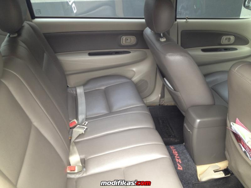 Toyota Avanza 15 S MATIC VVTi 2010 DIJUAL MURAH SEKALI