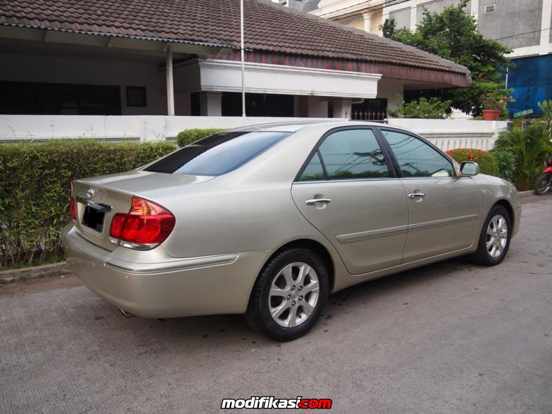 sell toyota camry 2004 kinclong terawat very recommended for user. Black Bedroom Furniture Sets. Home Design Ideas