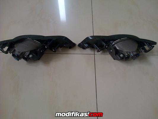 wts head lamp and stop lamp all new freed 2013 oem murah no box stock sedikit. Black Bedroom Furniture Sets. Home Design Ideas