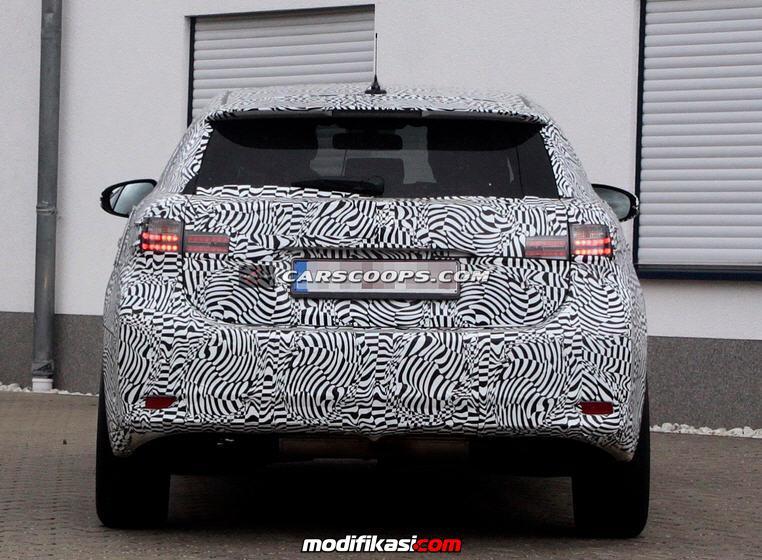 Thread: Tampilan Mobil Lexus CT Terbaru 2014