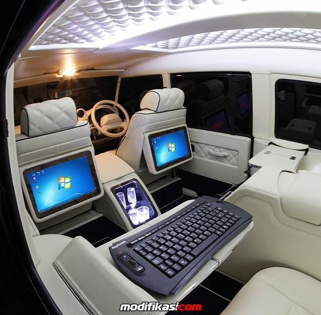 tampilan interior super mewah mobil mercedes benz viano v1