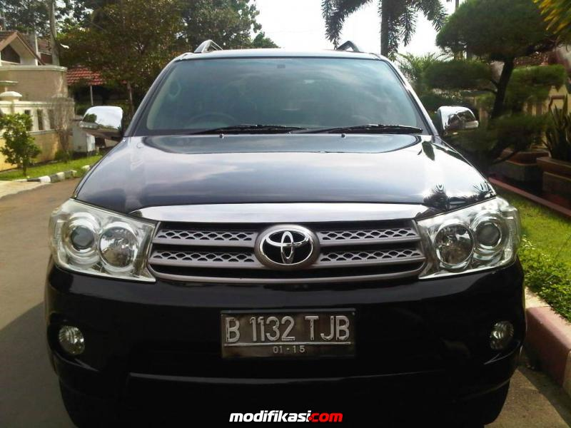 FOR SALE TOYOTA FORTUNER G DIESEL HITAM 2010 MANUAL DP