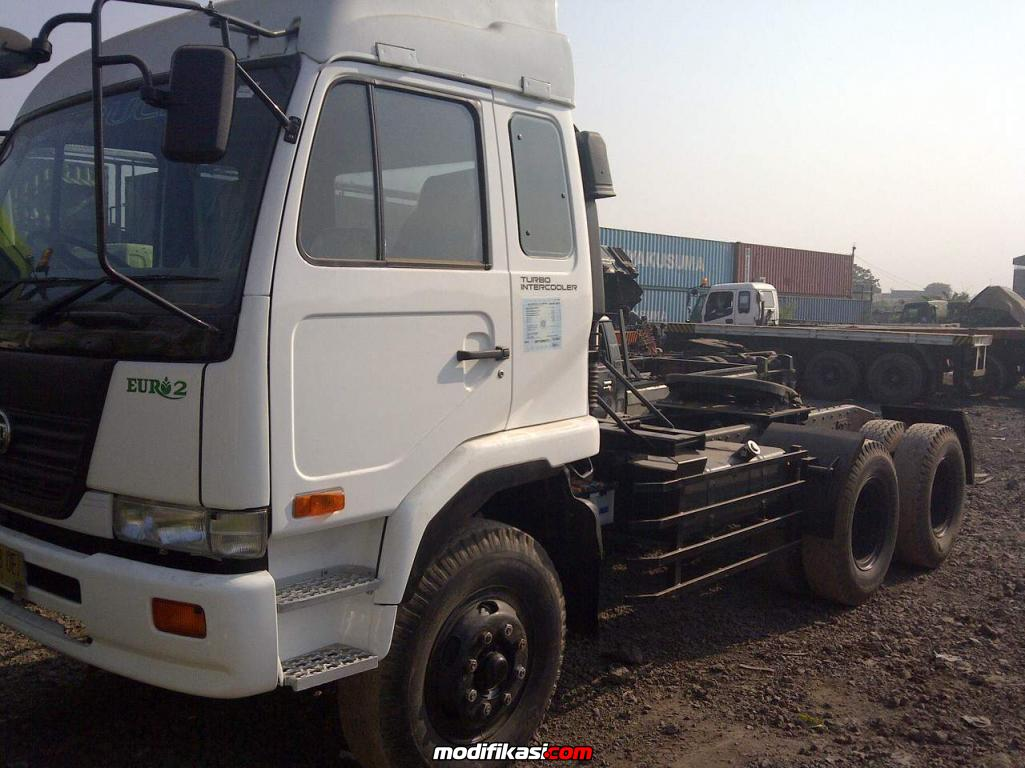 Bekas Wts Nissan Cwa 260ht 2012 6x4 Tractor Head Asli Mint Condition 10 Truck 183277 1383039423