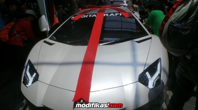 Raffi Dihadiahi Lamborghini, Hotman: Jangan Buat Cari Yang ...