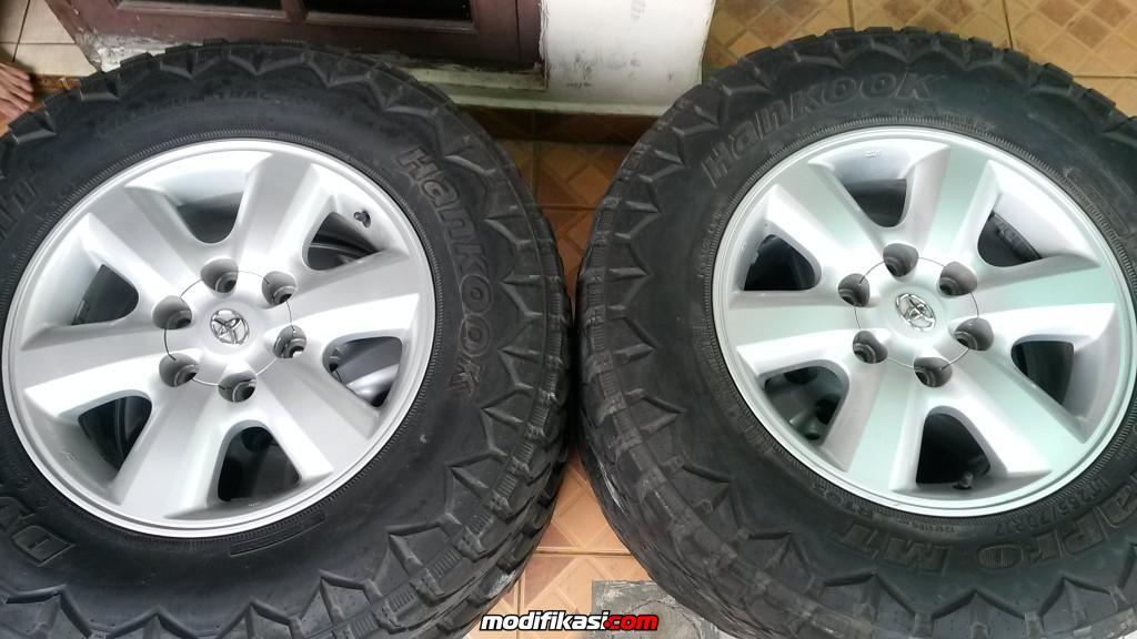 Toyota Official Site >> Bekas VELG MOBIL OEM TOYOTA FORTUNER R-17 BAN MT MANTAP