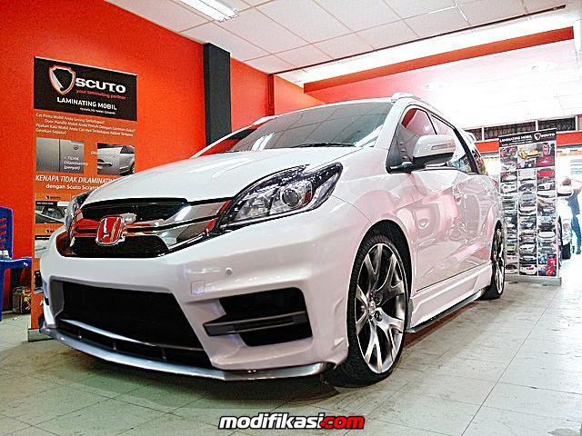 Honda Luncurkan Varian Baru Honda Mobilio Tipe Rs Page 5