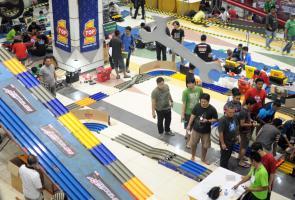 Race Tamiya Dengan Track Super Extreme Hadir Di Mega Toys Expo