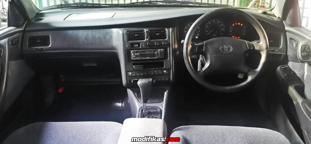 Toyota Corona Absolute St191