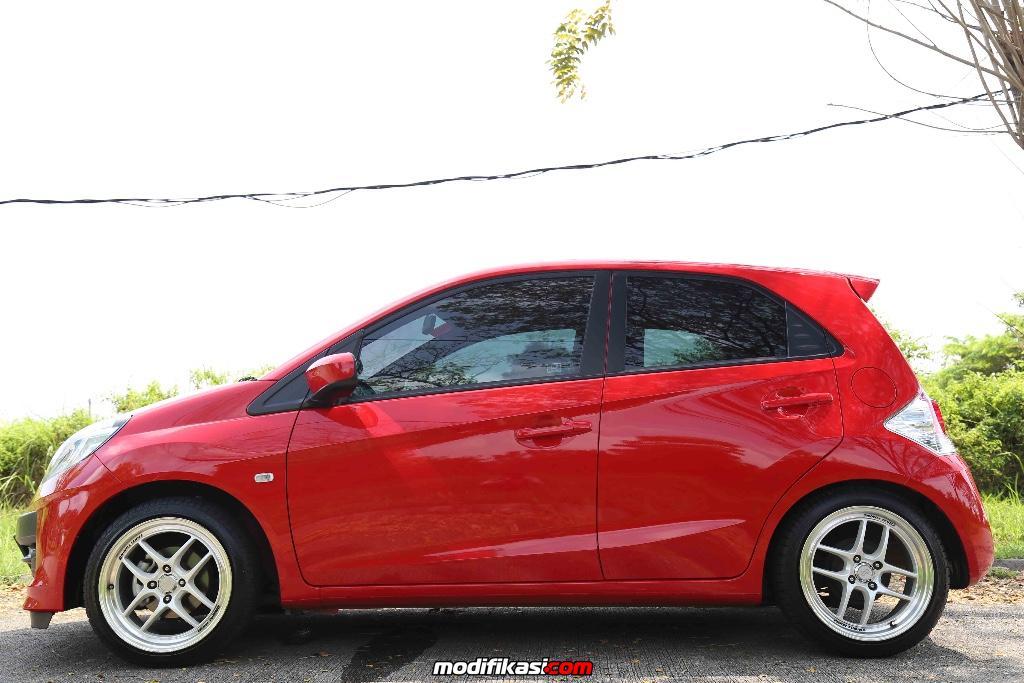 Honda Brio Merah Sedikit Rs