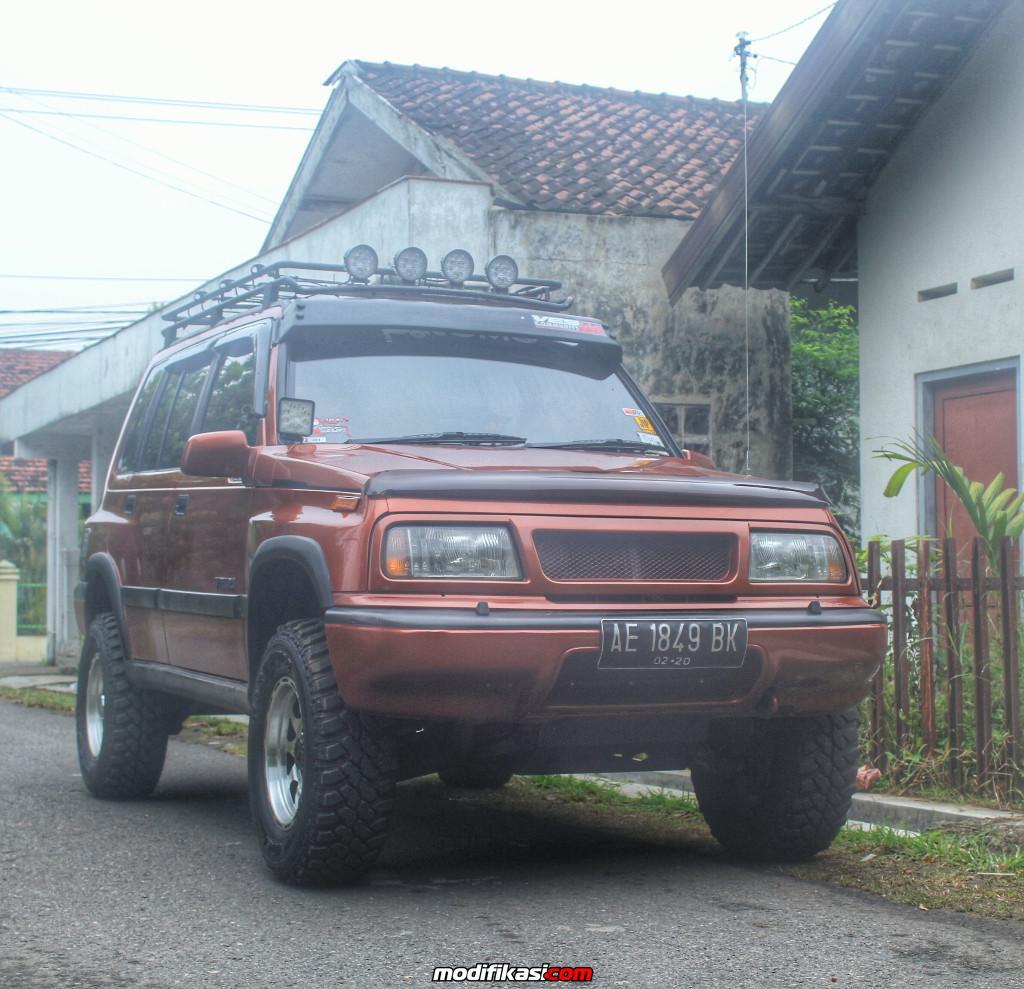 Gambar Modifikasi Mobil Escudo Nomade Otto Modifikasi Suzuki Escudo