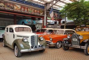 Empat Sekawan Siap Keliling Dunia Gunakan Toyota Land Cruiser