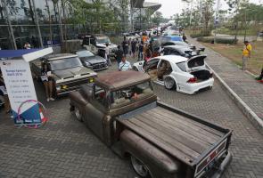 Puluhan Mobil Padati Event Giias Custom Modified 2018
