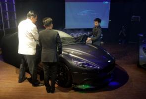4 Fakta Dibalik Peluncuran Aston Martin Vanquish Limited Edition