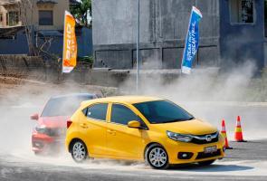 Test Drive All New Brio: Asik Diajak Bermanuver