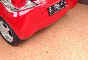 Brio Dd1 Red On Black