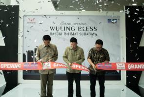 Perluas Jaringan, Wuling Buka Dealer Di Surabaya