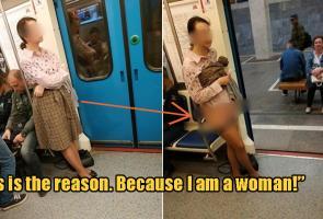 Demi Tempat Duduk Di Kereta, Wanita Rusia Ini Buka Celana Dalamnya
