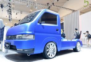 Giias 2019: Suzuki Tampilkan Carry Flush Concept Modifikasi