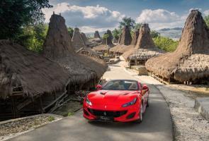 Sosok Indah Ferrari Portofino Di Sumba