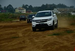 Dfsk Ajak Media Test Drive Glory 560 Ke Sukabumi