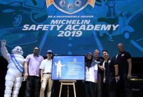 Michelin Bersama 500 Siswa Tandatangani