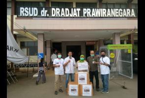 Merasa Harus Dihadapi Bersama, Auto Club Banten Sebarkan Apd