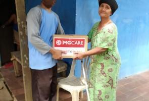 Tenaga Medis & Warga Dapat Bantuan Dari Mg Motor Indonesia