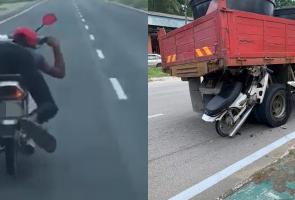 Bergaya Di Motor, Pria Malaysia Ini Tewas Ditabrak Truk