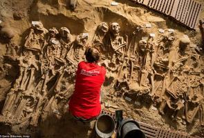 Kuburan Massal Ditemukan Dibawah Tanah Supermarket Monoprix, Paris