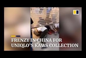 Video: Rilis Koleksi Baru, Pembeli Di China Serbu Counter Uniqlo
