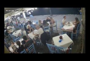 Video: 'Heimlich Maneuver' Sangat Penting Saat Orang Tersedak