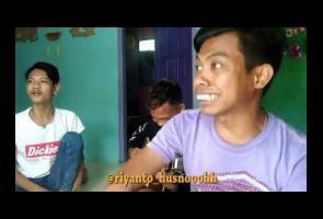 Video: Kocak, Pria Ini Lakukan Beatbox Hanya Dengan 2 Kata