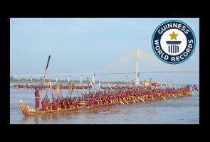 Video: Inilah Perahu Naga Terpanjang Di Dunia Dari Kamboja