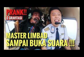 Video: Pilot Ini Berhasil Buat Limbad Keluarkan Suara
