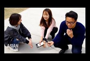 Video: Ternyata Orang Barat Tidak Bisa Jongkok