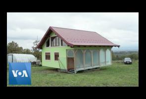 Kakek Di Bosnia Rancang Rumah Bisa Berputar 360 Derajat Untuk Istri