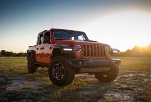 Jeep Gladiator Akhirnya Dapatkan Mesin Ecodiesel V6 Yang Lebih Irit