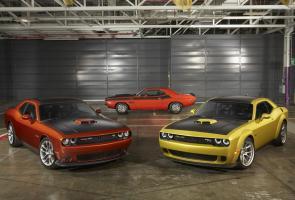 Dodge Rayakan 50 Tahun Challenger, Pamerkan Model Spesial Di La