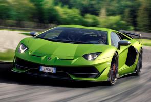 Kap Mesin Rentan Terlepas, Lamborghini Tarik 221 Unit Aventador Svj