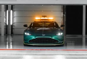 Ini Dia Safety & Medical Car F1 2021, Aston Martin Vantage & Dbx
