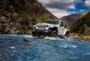 Jeep Incar Ford Bronco Dengan Wrangler/Gladiator High-Tide Baru?
