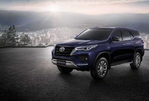 Toyota Luncurkan Fortuner Facelift Dengan Mesin Yang Lebih Powerful