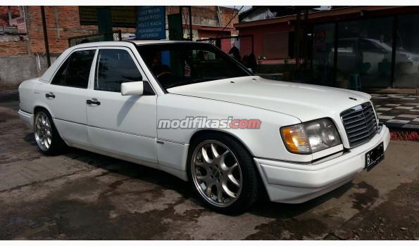 Jual: Nissan Cefiro Hitam Manual Tahun 1991, Murah