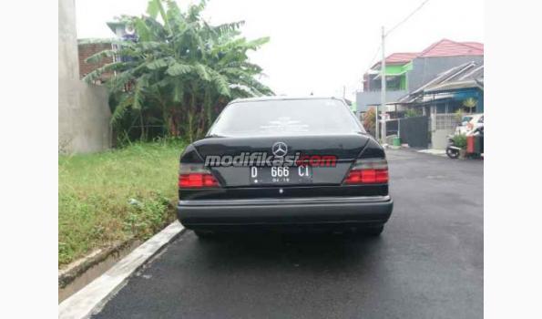 Jual: Mercedes Benz E300 Thn 1989 Istimewa