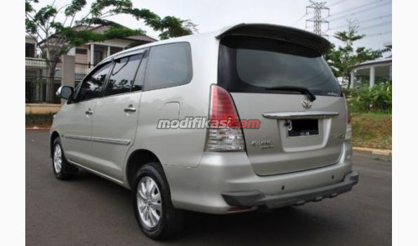 Jual: Toyota Kijang Innova 2.0 V At Bensin Luxury Facelift 2008