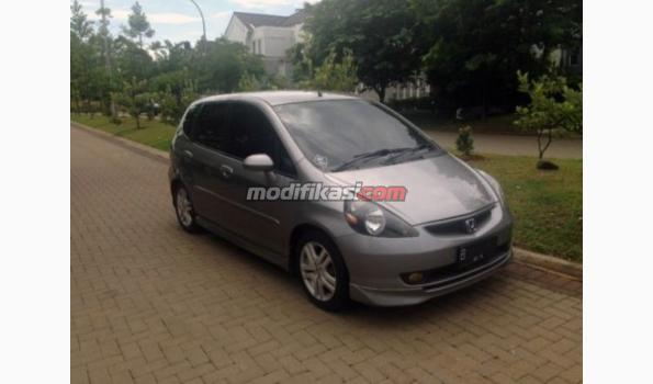 Jual: Honda Jazz Silverstone Manual 2005 - Modifikasi.com Jual Beli