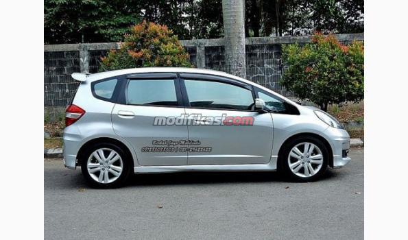 Jual 2012 Honda Jazz Rs I Vtec New Model AT Low Km