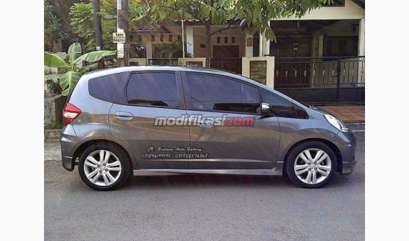 Jual 2011 Honda Jazz Rs Facelift AT Siap Pakai
